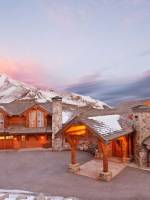 Beautiful ultra exclusive ski resort