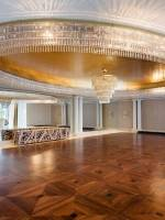 The mirrored ballroom