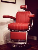London Grooming Salon Chair by Bentley