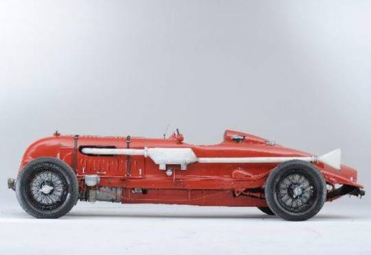 1929-1932 Bentley to go on auction