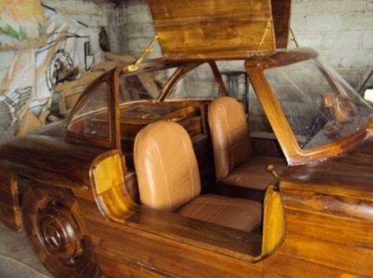 Wooden 1955 Mercedes Benz 300SL Gullwing interior