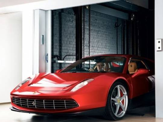 Eric Clapton in his Ferrari