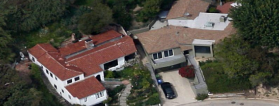 photo: house/residence of friendly 2 million earning Los Angeles, CA, USA-resident