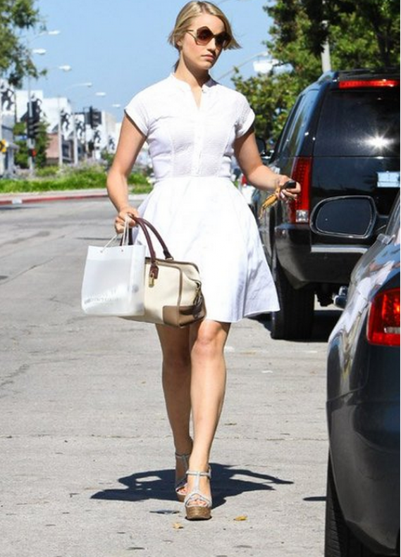 Dianna Agron likes to wear Miu Miu Culte Sunglasses.