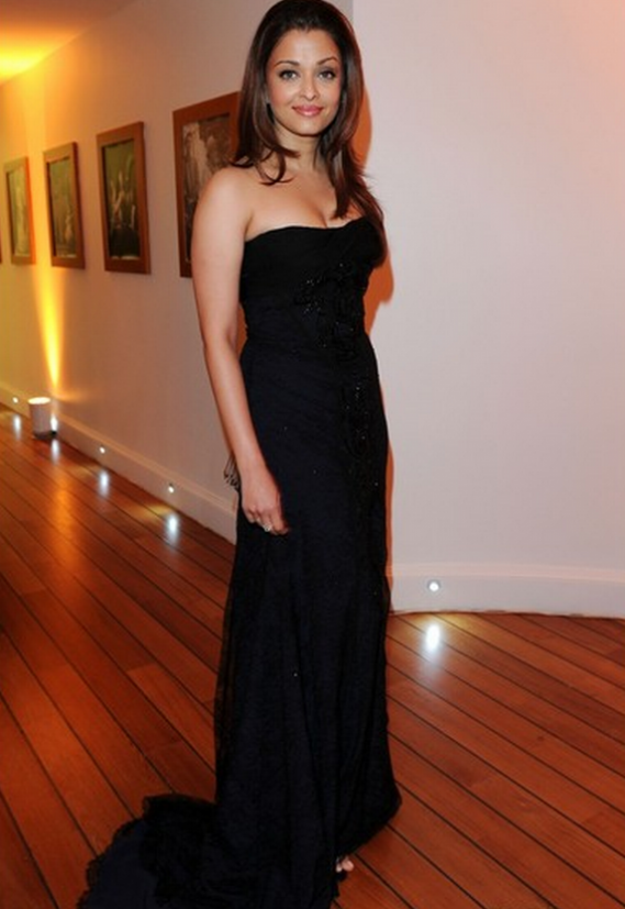Popular Indian actress Aishwarya Rai Bachchan was seen wearing a black lace embroidered custom made dress.
