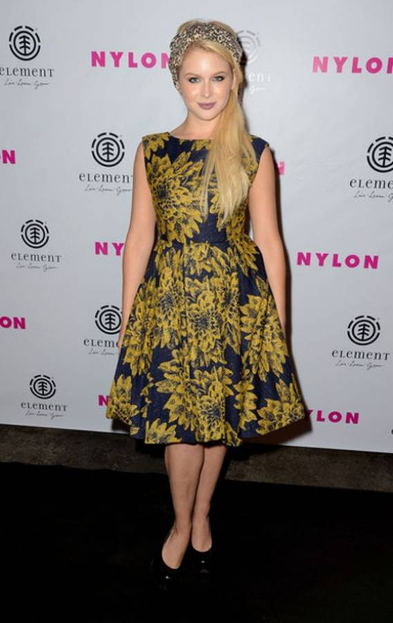 Rebecca Renee Olstead wears Fendi 'Fendista' Platform Pumps