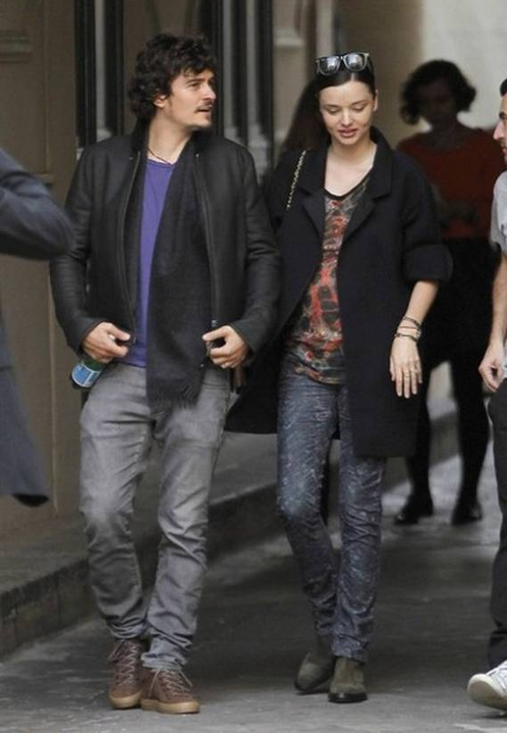 Orlando Bloom wears Balenciaga Men's Leather Mid Top Sneakers