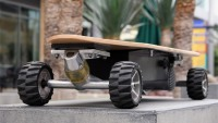 Special Edition Weight-Sensing Electric Skateboards are for a fun ride to anywhere