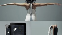 Electricfoxy high-tech yoga shirt is equipped with sensors to correct your moves