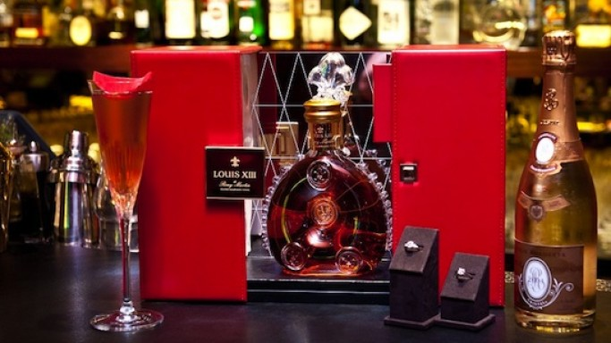 Louis XIII diamond jubilee cocktail at Four Seasons London sells for £10,000