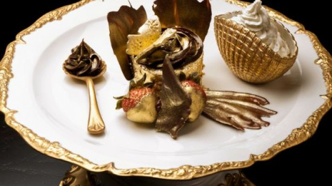 World's most expensive cupcake is coated in edible 23 carat gold sheets