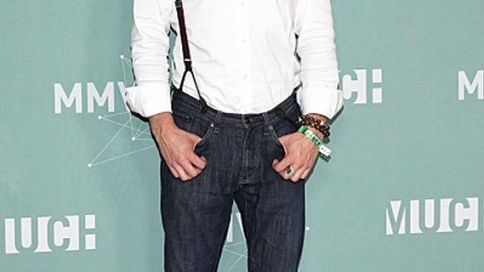 Ian was photographed wearing designer John Varvatos Selvedge jeans in a high profile event.