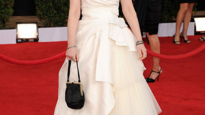 Ryder flaunted her luxurious Silk Gown to the 17th SAG Awards in January 2011.