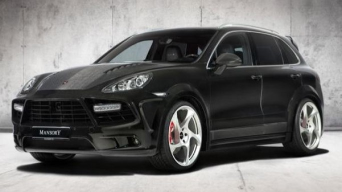 2011 Porsche Cayenne Turbo gets Mansory's signature carbon fiber treatment