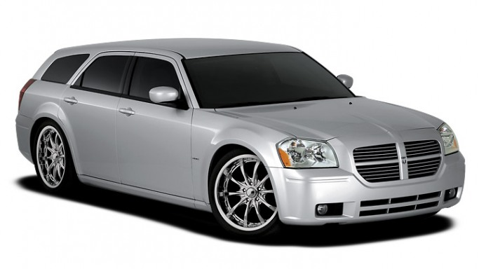 Dodge Magnum car - Color: Silver  // Description: amazing