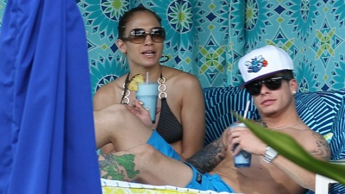 Jennifer Lopez had a gala time vacationing in the sunny beaches of Hawaii with her then boyfriend Casper Smart