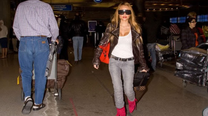 Tila Tequila is one of the many celebrity fans of the elegant and classical lines of the 5171 Sunglasses (not in this image)