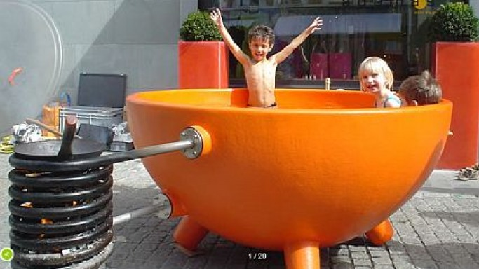 The Dutch Tub: All you need is water and wood