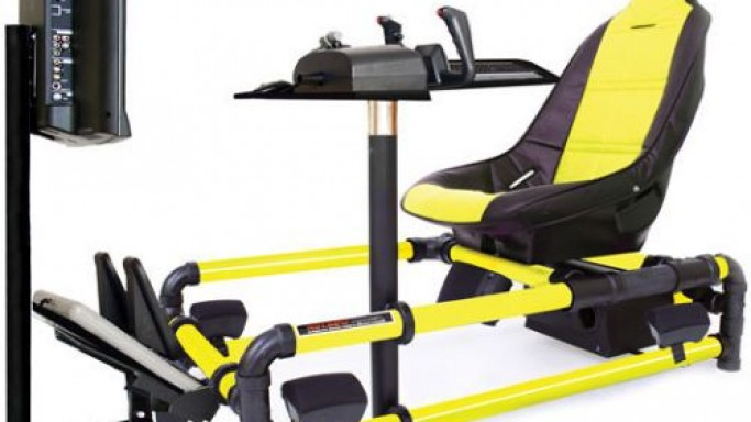 HotSeats 723 Flight Simulator TRX Game Chair for die-hard gamers
