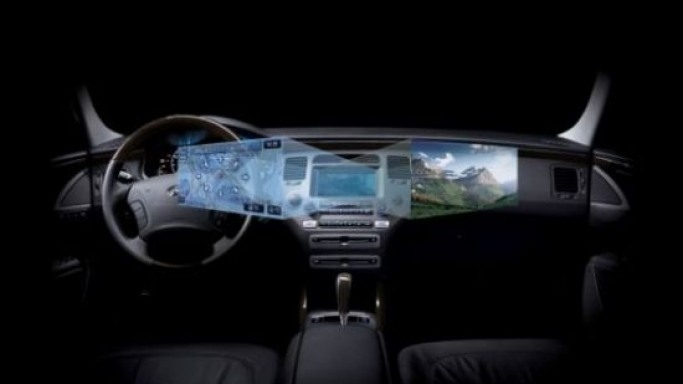 Hyundai's in-dash display lets driver, passenger see different