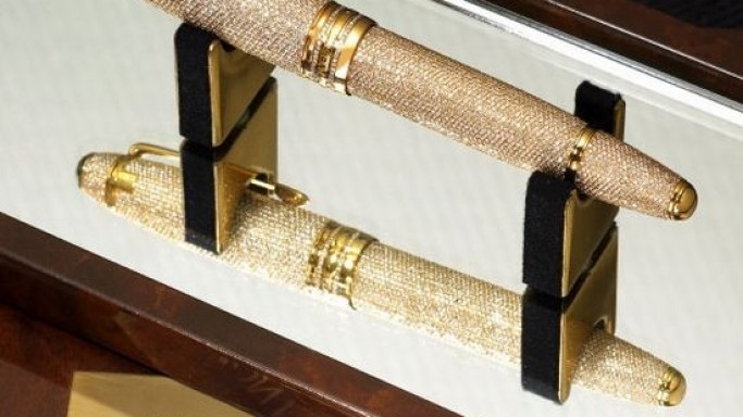 Montblanc 'Diamond Solitaire' pen: Cast your bid for twinkling words