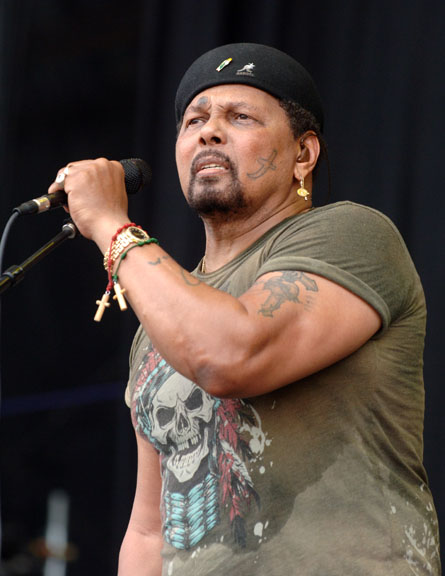 Aaron Neville Biography Net Worth Quotes Wiki Assets