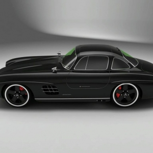 Mercedes 300 sl gullwing bornrich price features for Mercedes benz silver lightning price in india